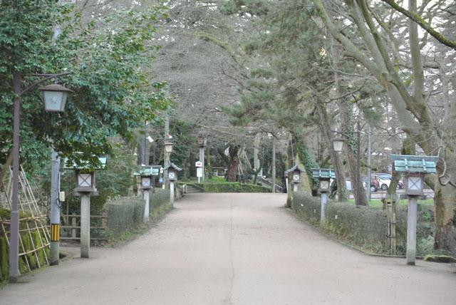 射水神社参道