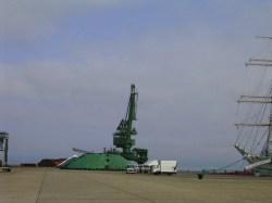 帆船日本丸歓迎セレモニー準備の業者