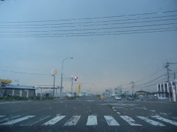 降雨の国道8号線