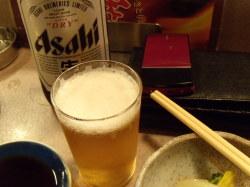 やきとり秋吉の瓶ビールは大瓶です