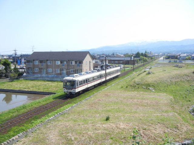 富山地鉄本線電車