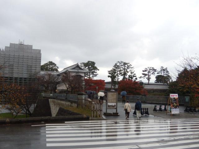金沢城石川門前